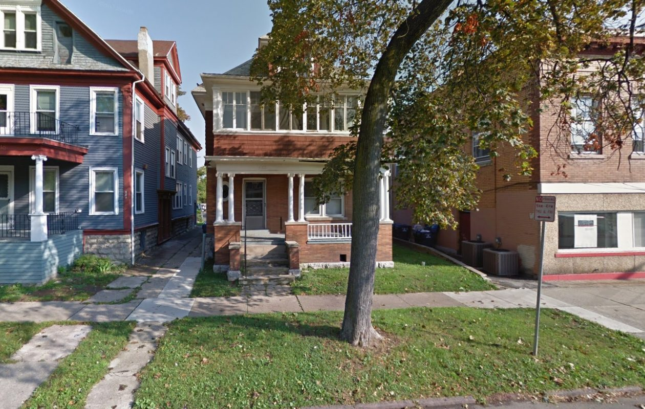 Ciminelli Real Estate Corp. sold this three-unit apartment home in the Elmwood Village. (Google Maps)