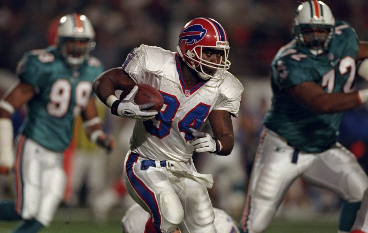 If the Bills want to celebrate one of their great running backs on the Jumbotron, Thurman Thomas might be a better choice than OJ Simpson. (Andy Lyons/Allsport)