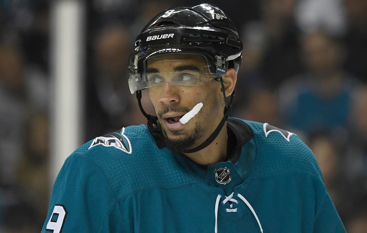 Evander Kane has signed with San Jose through 2025. (Getty Images)