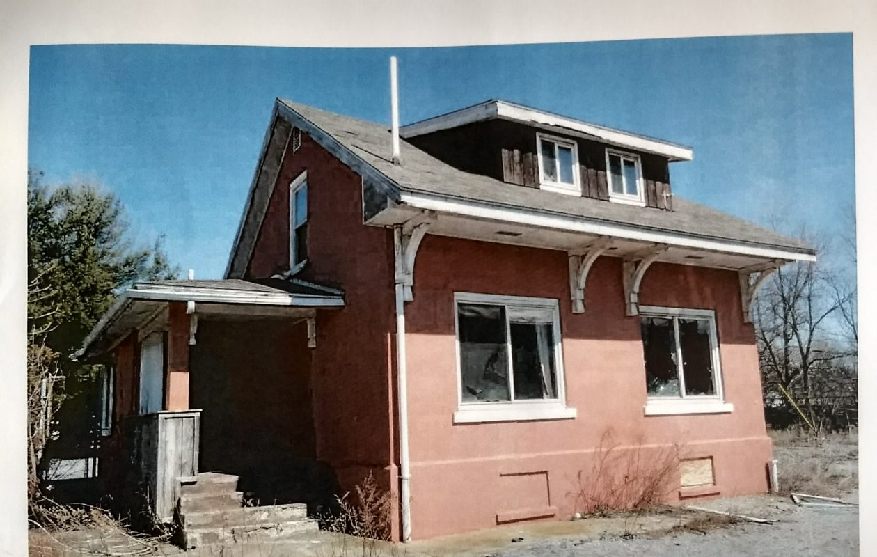 The Lehigh Valley Railroad Section House in Williamsville can be saved, an engineer's report has found.