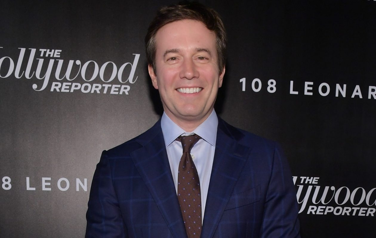 Kenmore East graduate Jeff Glor's mention of Josh Allen's hurdle over a Minnesota Viking defender found its way to the 'CBS Evening News.' (Getty Images)