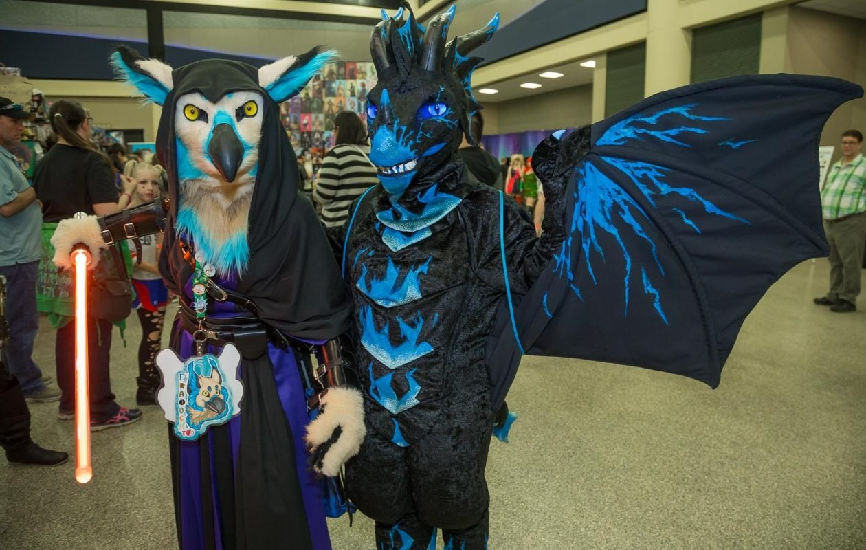You never know the kind of characters you'll see at Nickel City Con. (Don Nieman/Special to The News)