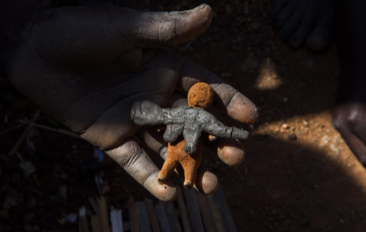 A photograph by Brendan Bannon shows toy soldiers and war toys made by children in Malakal, South Sudan out of mud and dirt.  Bannon will lead a series of photography workshops for Western New York veterans. (Photo courtesy of Brendan Bannon)