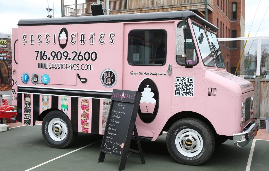 Sassi Cakes food truck is owned by Danielle Sass. It's pictured here in 2016. (Sharon Cantillon/News file photo)