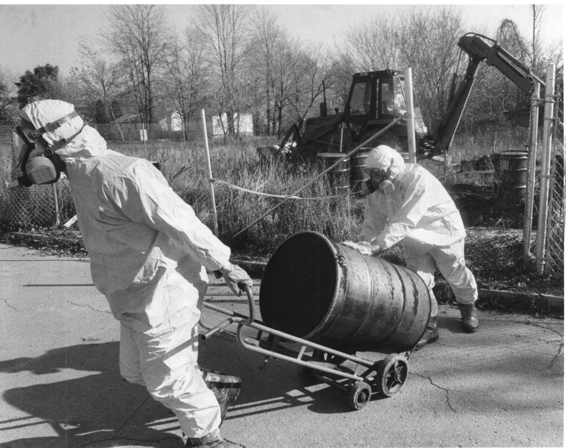 Exclusive Are Love Canal Chemicals Still Making People