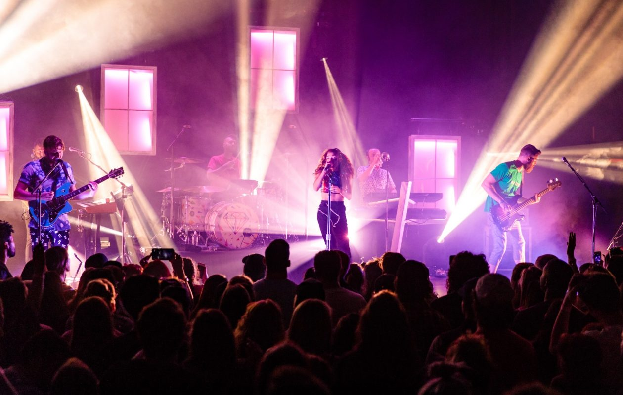 Singer Mandy Lee and the band MisterWives put on a vibrant display of sight and sound at the Town Ballroom. (Jordan Oscar/Special to The News)