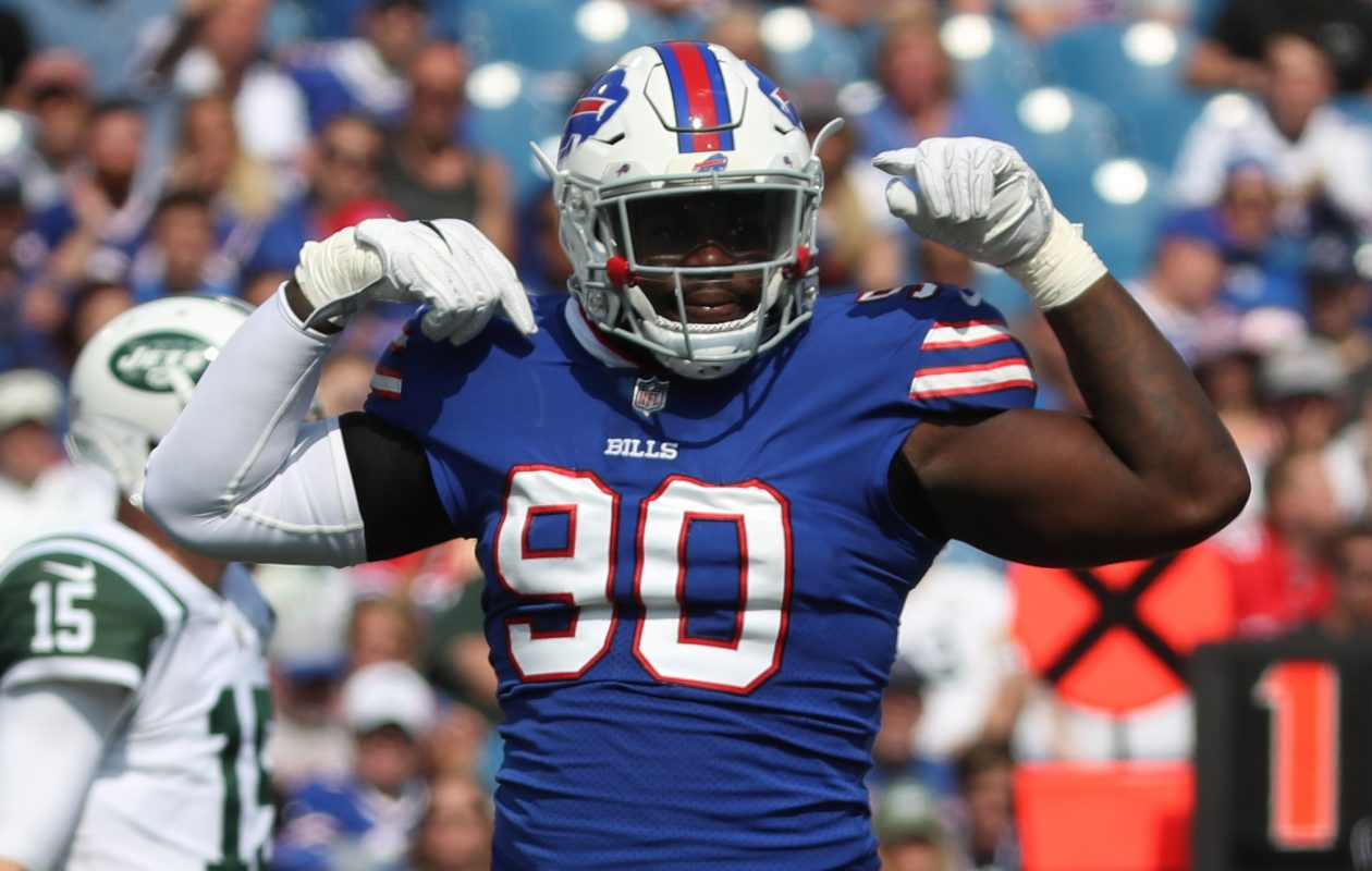 The Buffalo Bills need defensive end Shaq Lawson to provide more of a pass rush in 2018. (James P. McCoy/News file photo)