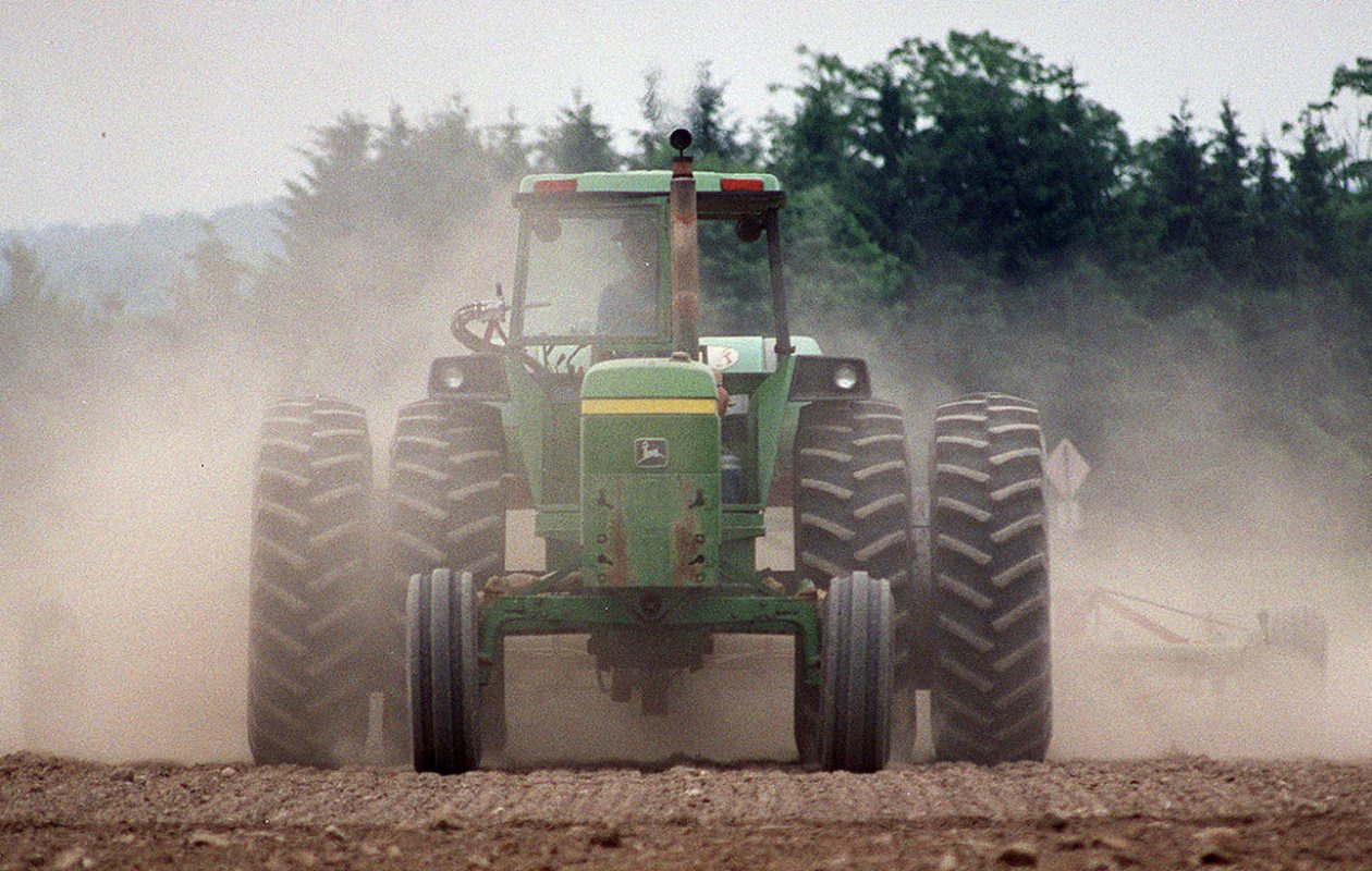 Agricultural activity in arid regions makes large contributions to the availability of fine dust particles. (Sharon Cantillon/News file photo)