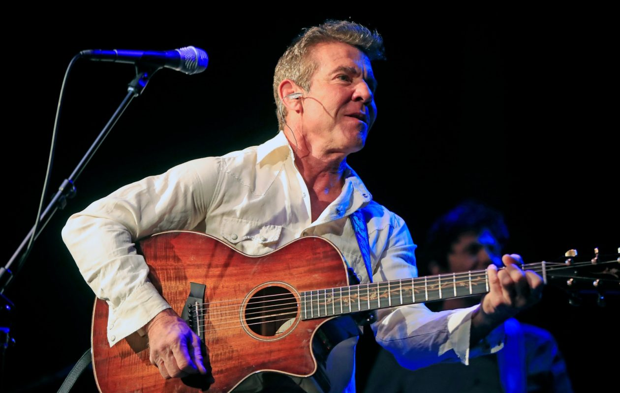 Actor Dennis Quaid showed off his musical talents in concert at the Seneca Niagara Casino's Bear's Den (Photo by Harry Scull Jr./The Buffalo News)