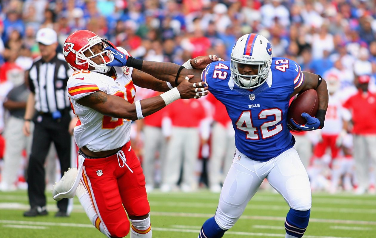 Dorin Dickerson, formerly of the Bills, has sights set on WWE career (Photo by Rick Stewart/Getty Images)