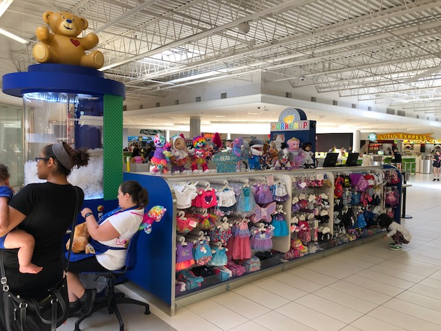 The new Build-a-Bear Workshop at the Fashion Outlets of Niagara Falls has a new store concept.