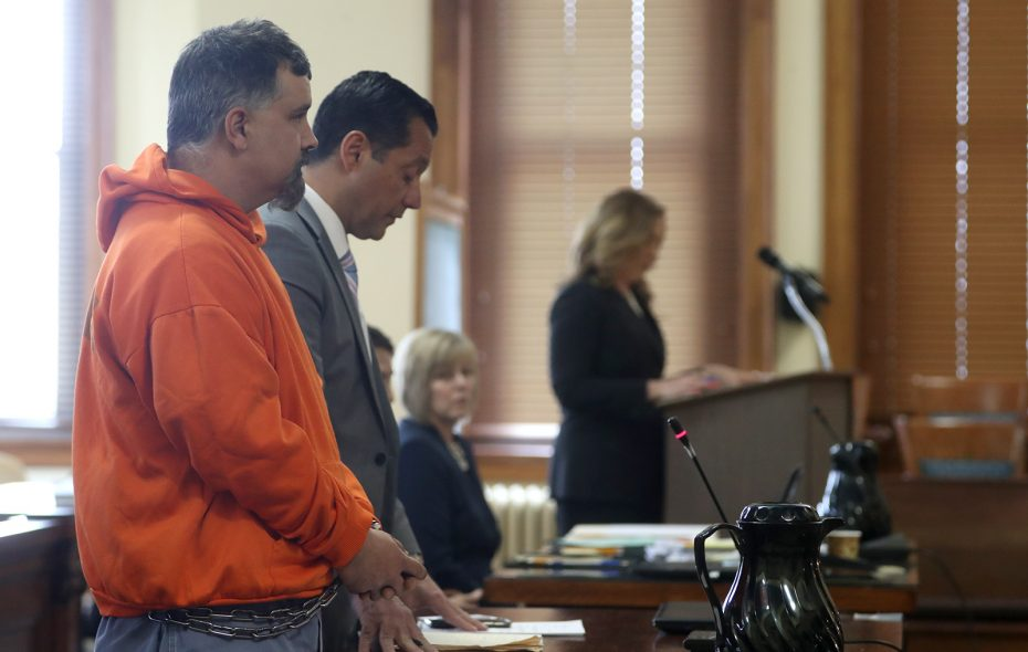 Joseph Belstadt, left, talks with attorney Dominic H. Saraceno at a previous court appearance. (John Hickey/News file photo)