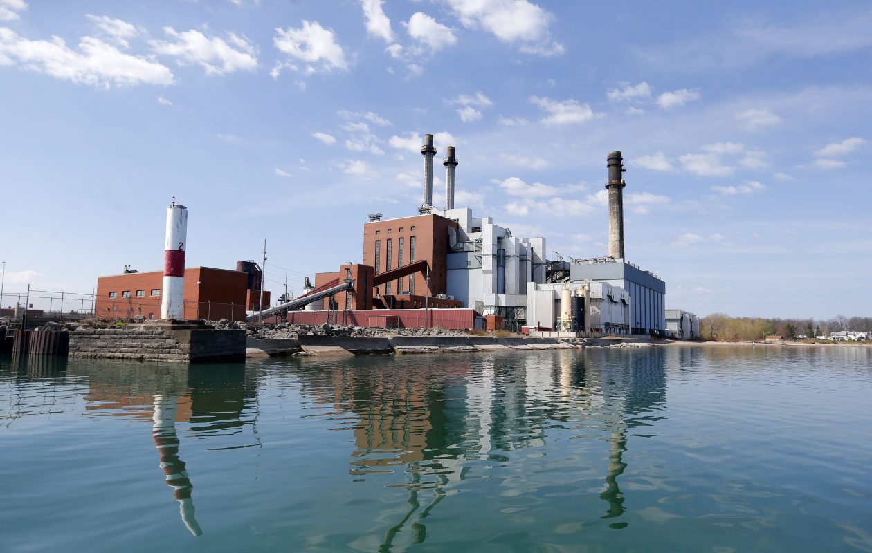 Plans to convert the mothballed power plant in Dunkirk from coal to natural gas appear dead, a state lawmaker said. (Mark Mulville/Buffalo News)