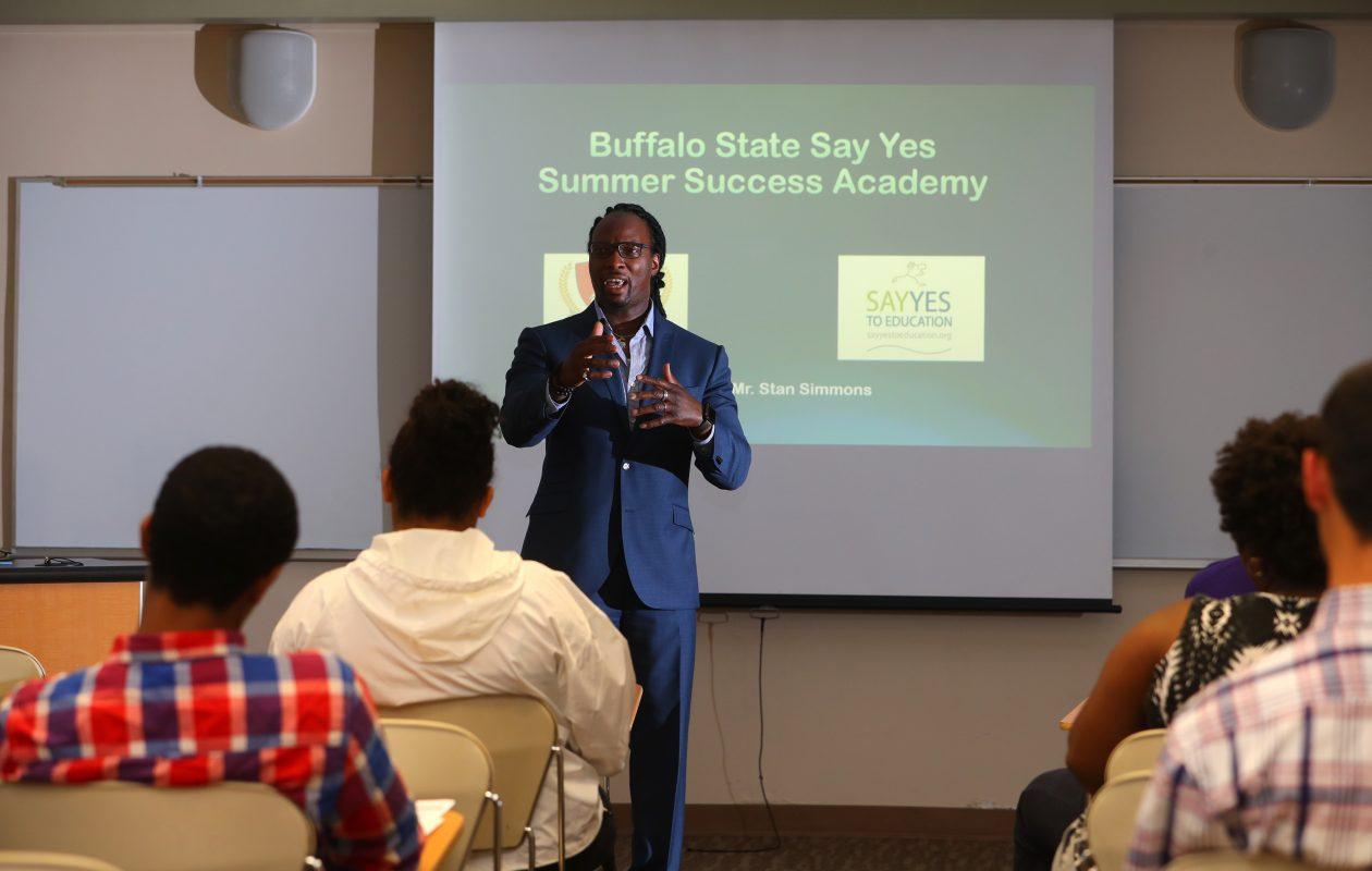 Stanley Simmons, Say Yes coordinator at SUNY Buffalo State, helps new students in the Summer Success Academy prepare for the challenges – academic and otherwise – of college life. (John Hickey/Buffalo News)
