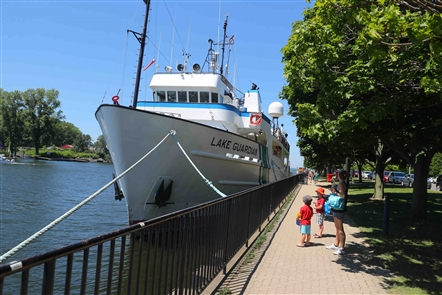 The Lake Guardian stopped in Buffalo on its way to Lake Ontario for research with 16 educators from around the Great Lakes.