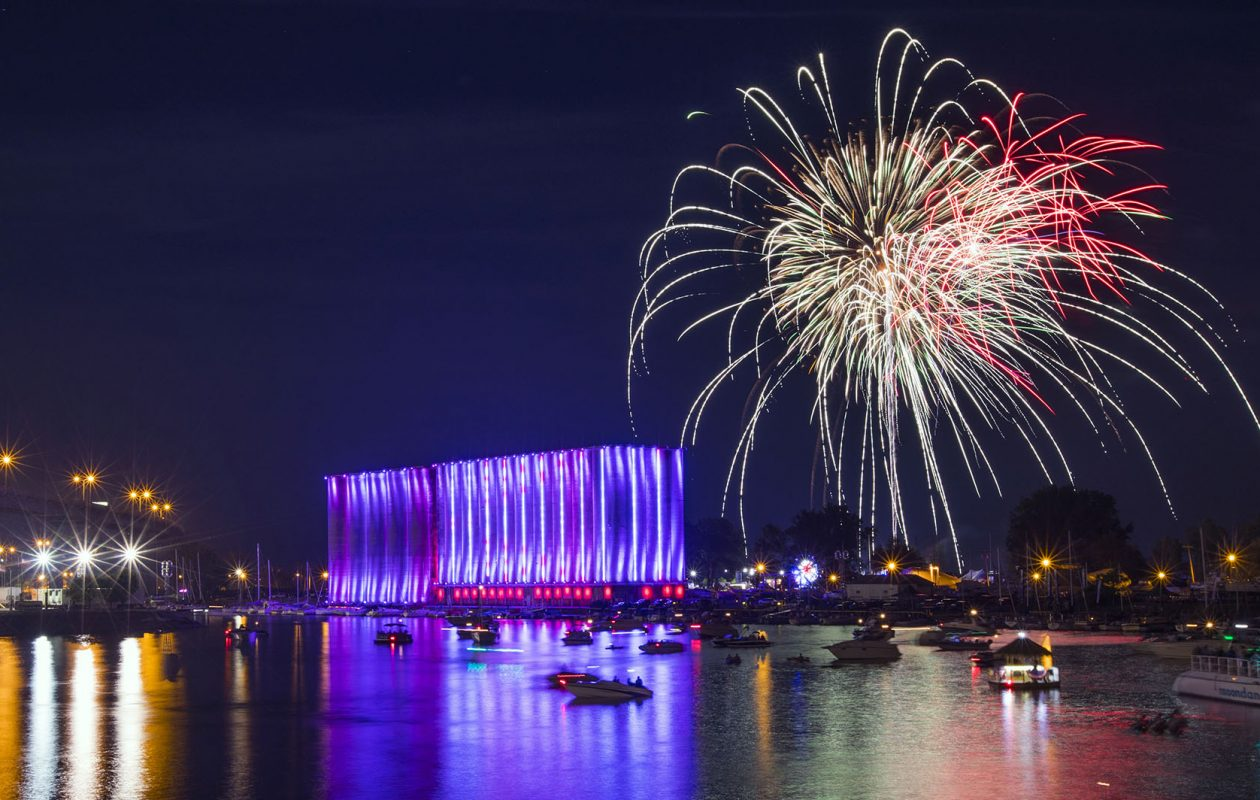 Fourth of July fireworks explode over the Buffalo River. (Derek Gee/News file photo)