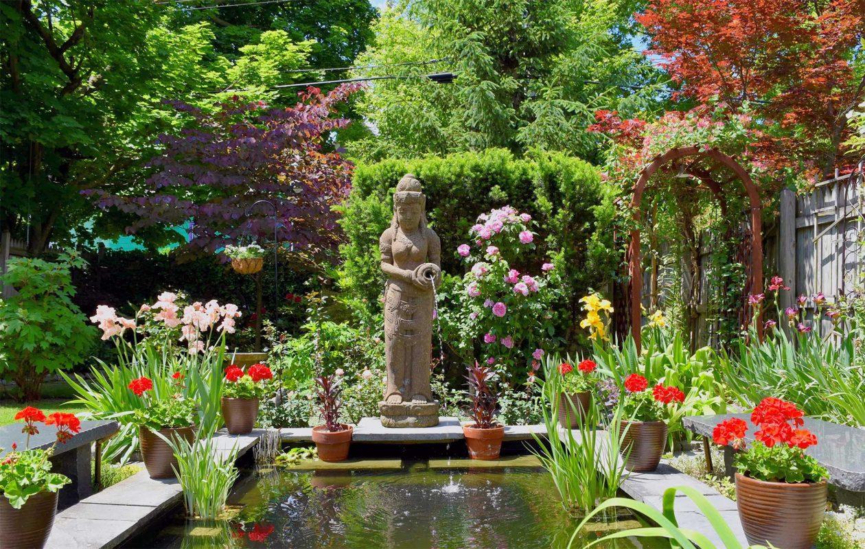 Garden Walk Buffalo 2018 is July 28-29. (Jim Charlier)