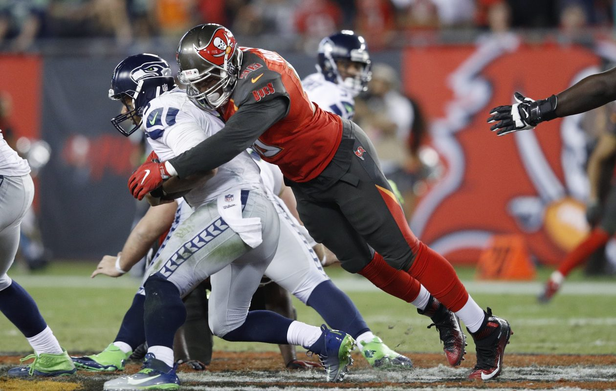 Former Buccaneers defensie end Ryan Russell was signed by the Buffalo Bills on Sunday. (Getty Images)