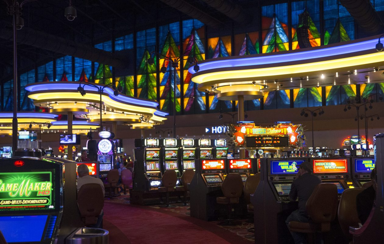 The main gambling floor of the Seneca Niagara Resort and Casino. (Sharon Cantillon/News file photo)