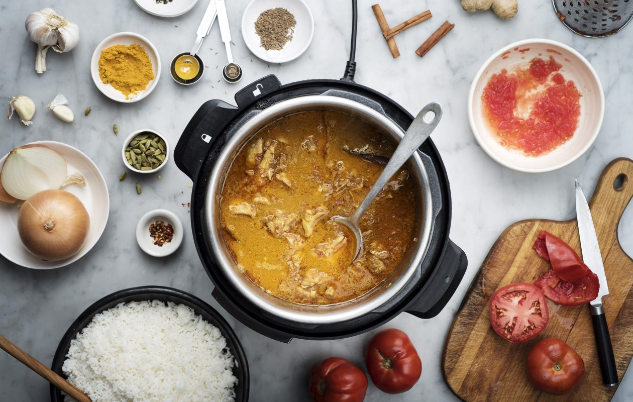 Coconut curry chicken prepared in an Instant Pot. (Karsten Moran/The New York Times)