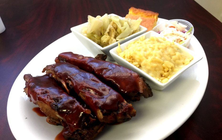 Rib dinner at Je Ne Sais Quoi. (Andrew Galarneau/Buffalo News)