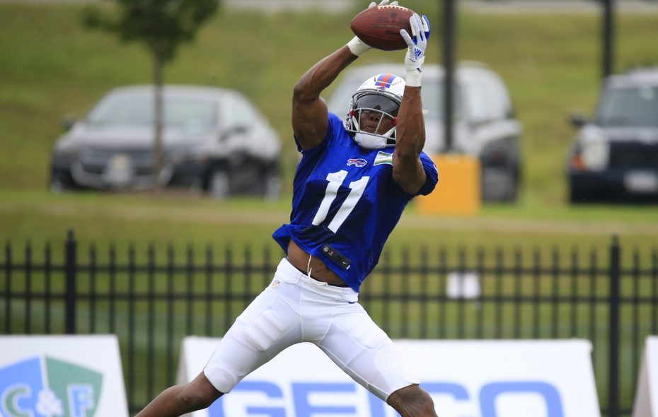 quite nice b37e0 32354 Training camp observations, Day 14: Zay Jones back to full ...
