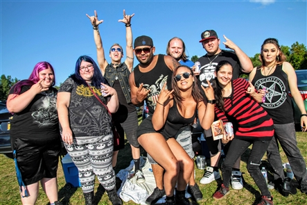 Smiles at Rob Zombie, Marilyn Manson at Darien Lake