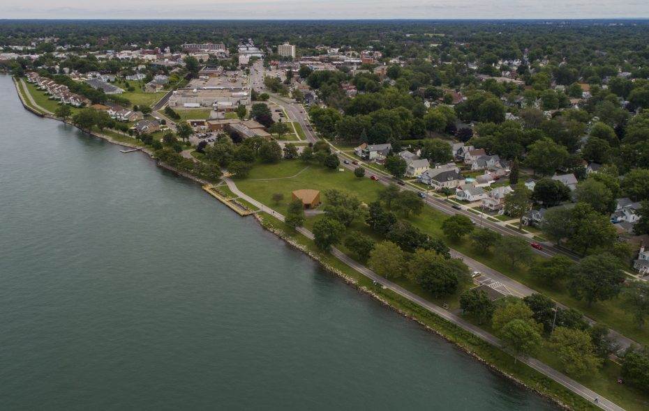 A view above the Niagara River, from which Erie County draws its drinking water. (Derek Gee/News file photo)