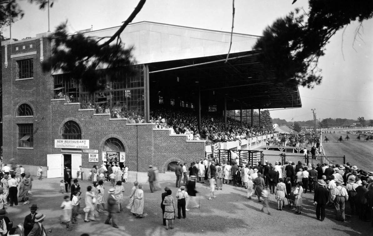 Erie County Fair Grandstand   Buffalo.com