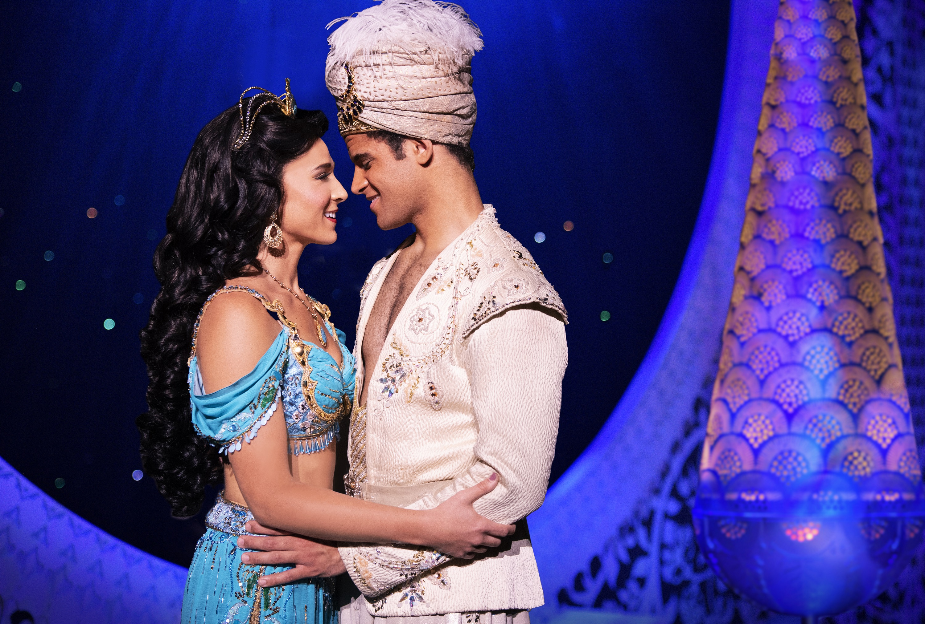 There's only one word for 'Aladdin' -- dazzling
