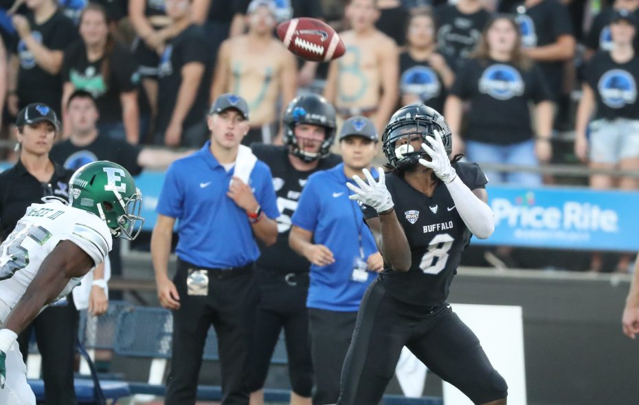 Wide receiver K.J. Osborn (8) catches a 70-yard pass for a touchdown Sept. 15 against Eastern Michigan. (James P. McCoy/News file photo)