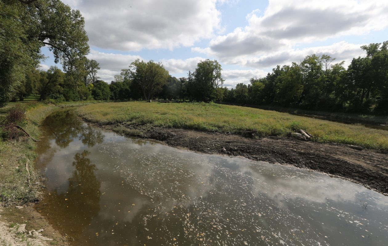 Erie County plans to dredge Como Park Lake for the first time in 20 years. (John Hickey/Buffalo News)