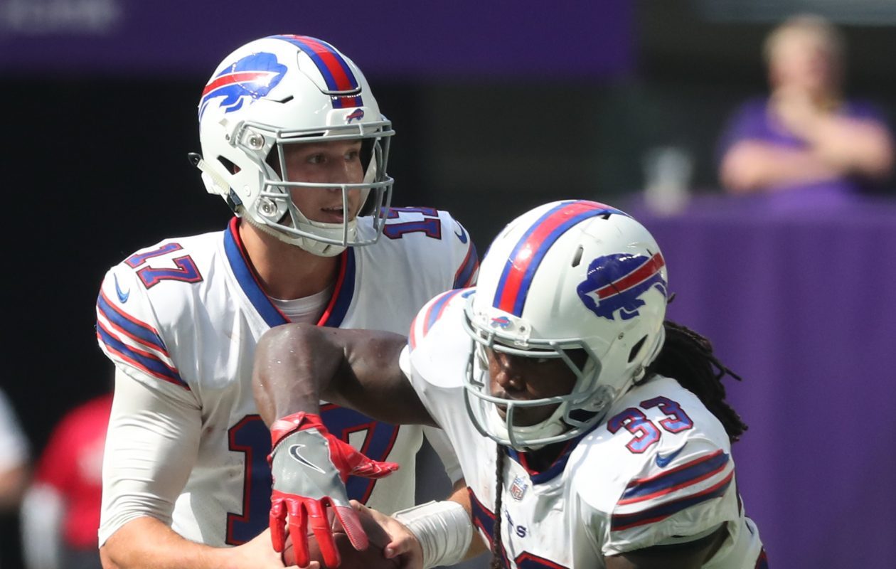 Chris Ivory and the Buffalo Bills' running game has struggled to find its footing this season. (James P. McCoy/Buffalo News)