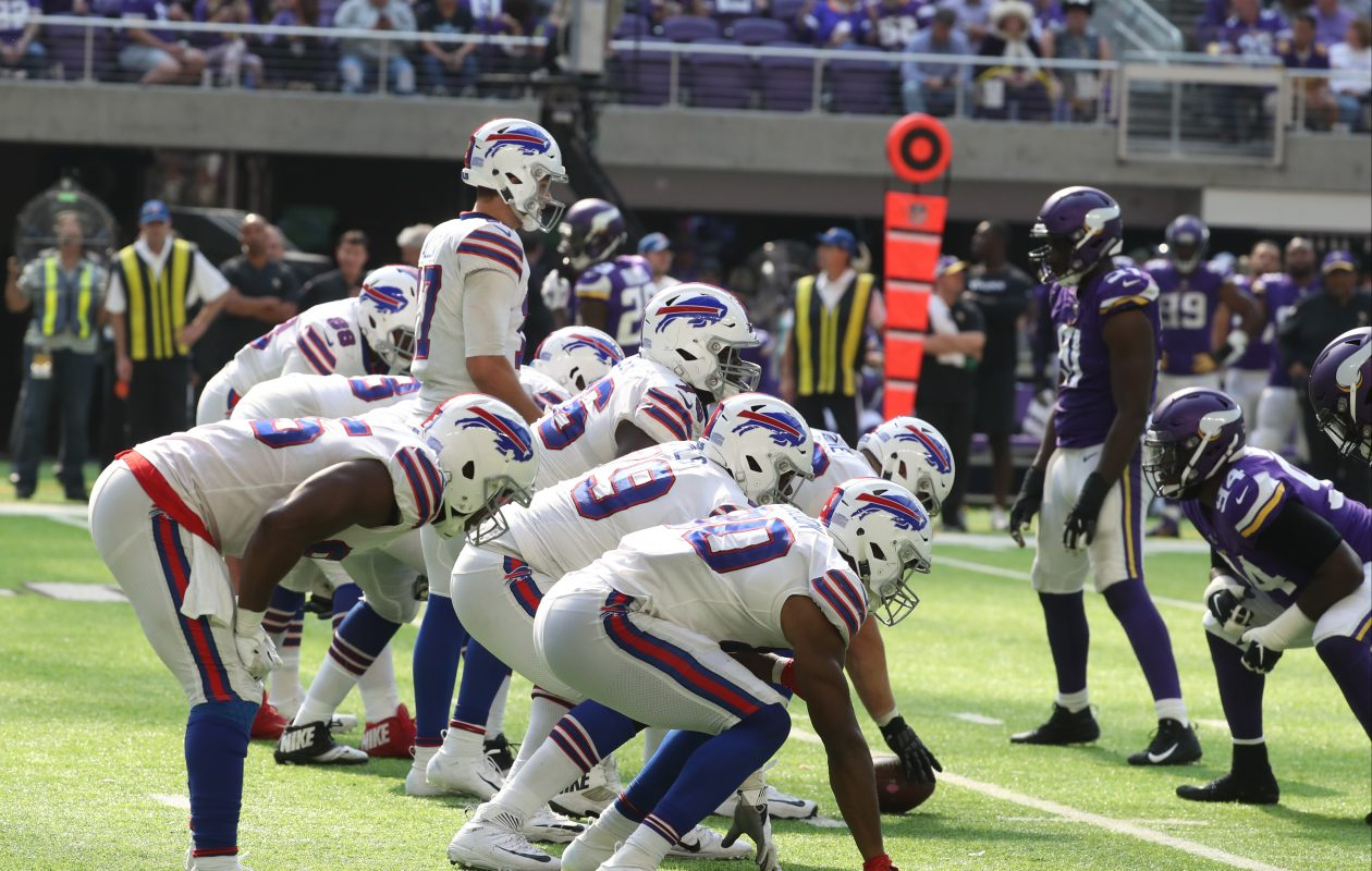 The Buffalo Bills will line up against the Green Bay Packers on Sunday. The Packers are favored by 10.5 points. (James P. McCoy/Buffalo News)