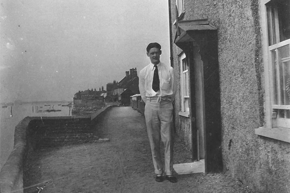 T. S. Eliot in 1916 (The Estate of T. S. Eliot)