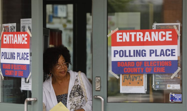Randy Jones fills out his ballot at the Cleveland Hill United Methodist Church, Thursday, Sept. 13, 2018. (Derek Gee/Buffalo News)