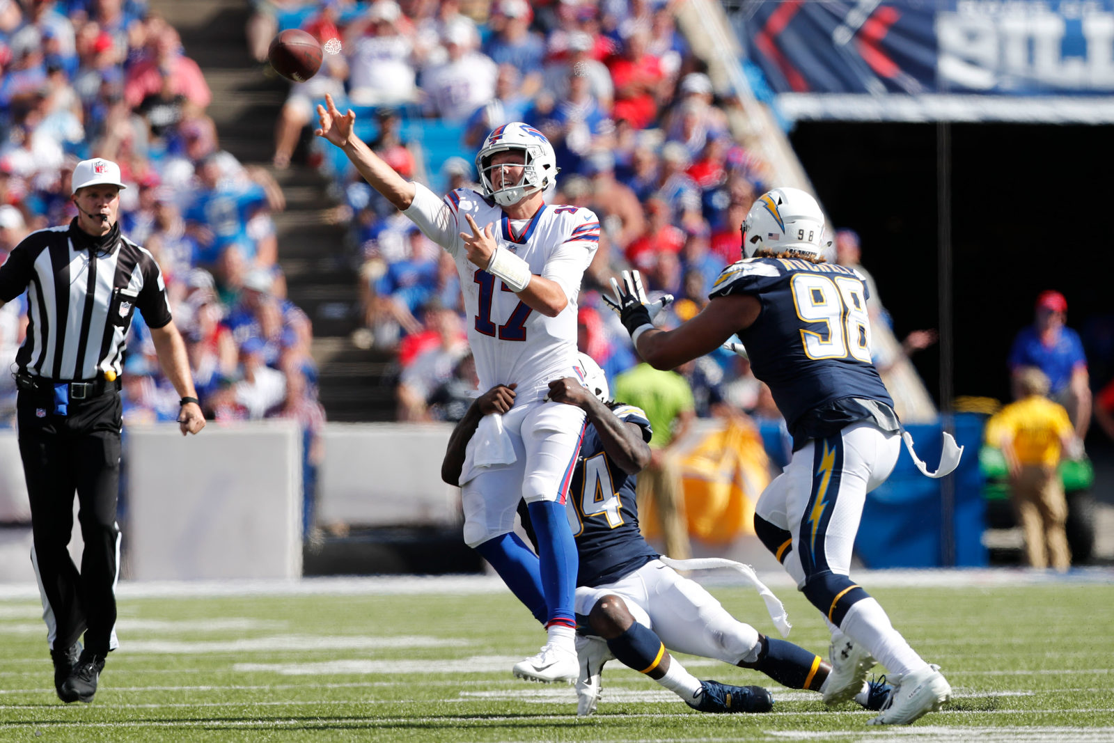 Bills-chargers-third18