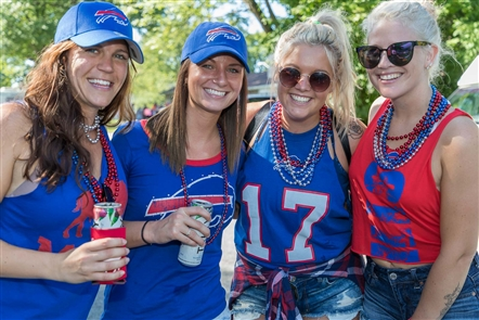 Smiles at Bills-Chargers home opener tailgate