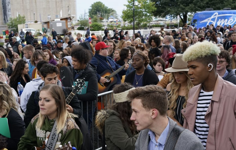 """Over a thousand people auditioned for """"American Idol"""" at Canalside. (Derek Gee/Buffalo News file photo)"""