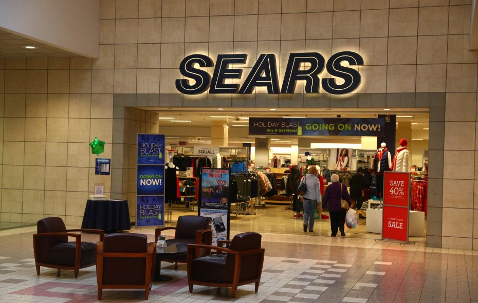 Sears Christmas Photos.Closing Of Eastern Hills Mall Store Will Leave Only One