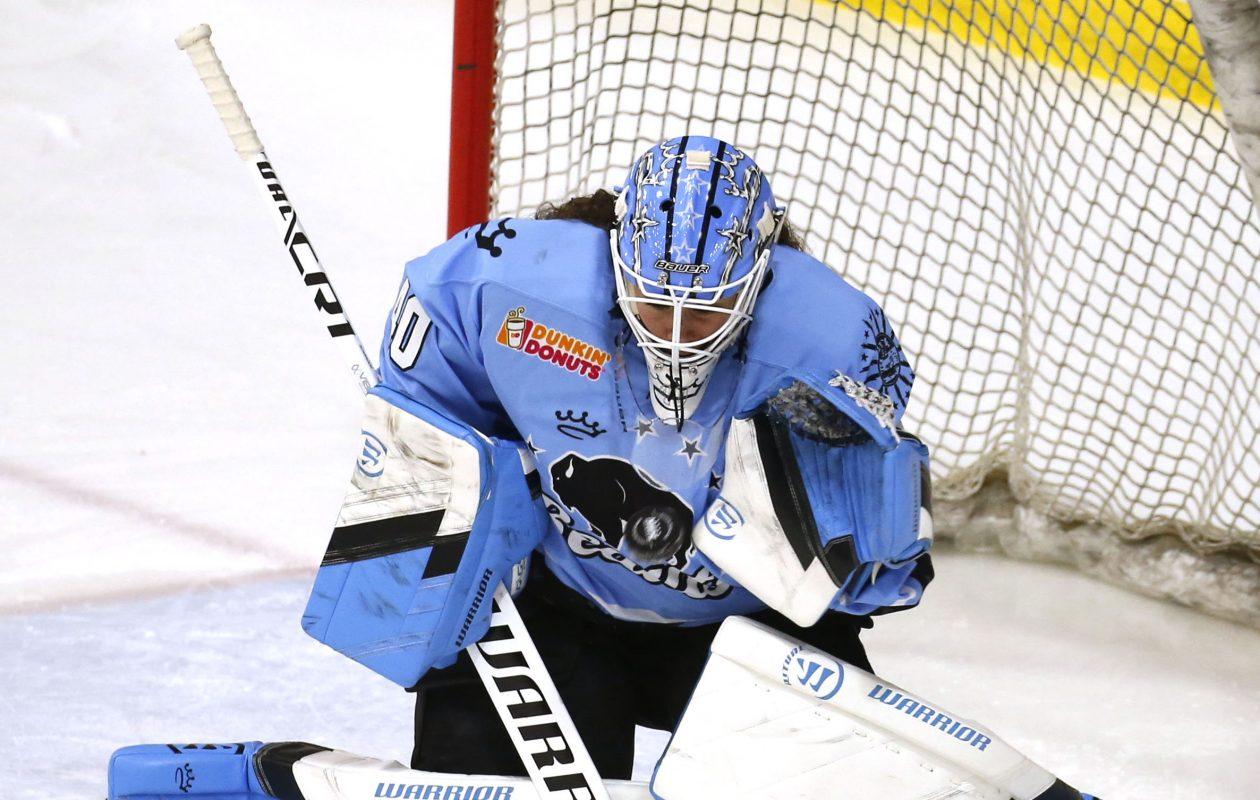 Beauts goalie Shannon Szabados. (Robert Kirkham/News file photo)