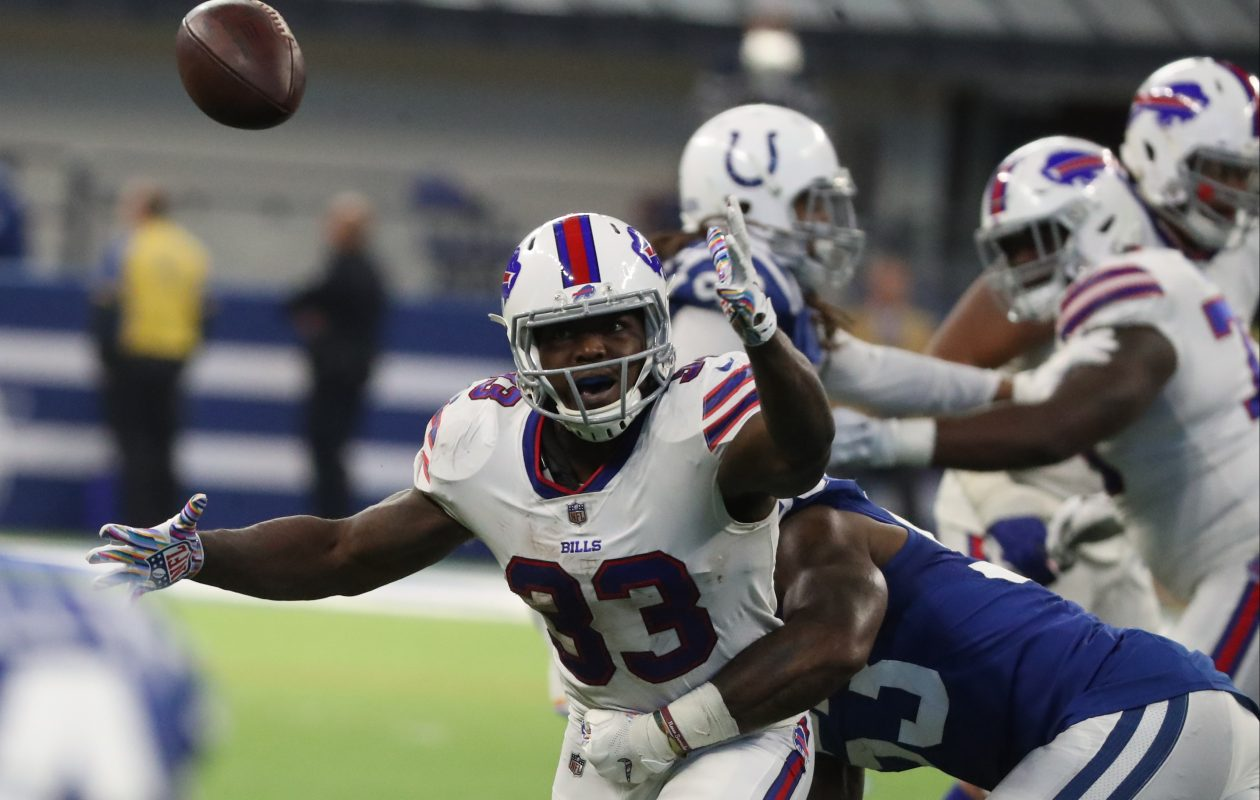Buffalo Bills running back Chris Ivory (33) drops a pass while covered by Indianapolis Colts linebacker Darius Leonard in the fourth quarter ( James P. McCoy/Buffalo News)