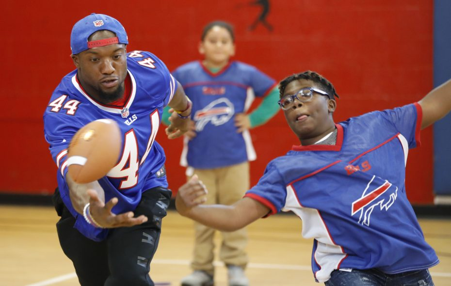 new styles 257a9 e5318 Inside the Bills: 'Community Day' born out of NFL's social ...
