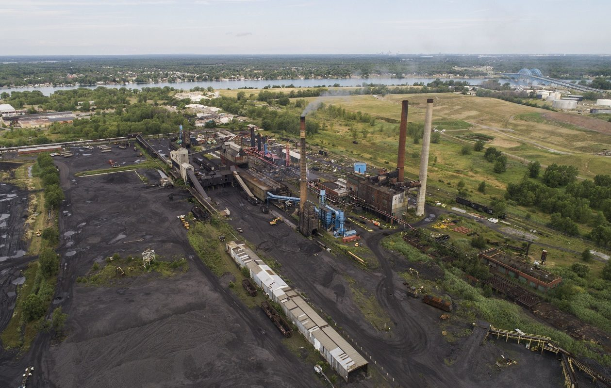 The Tonawanda Coke facility on River Road. (Derek Gee/News file photo)