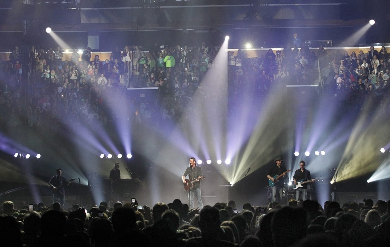 Blake Shelton, pictured at KeyBank Center in 2016, will return in 2019. Tickets go on sale for his show on Nov. 9. (Sharon Cantillon/News file photo)