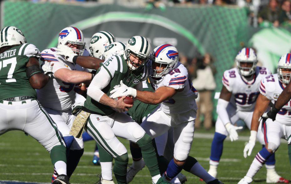 Bills outside linebacker Matt Milano pressures Jets quarterback Josh McCown. (James P. McCoy/Buffalo News