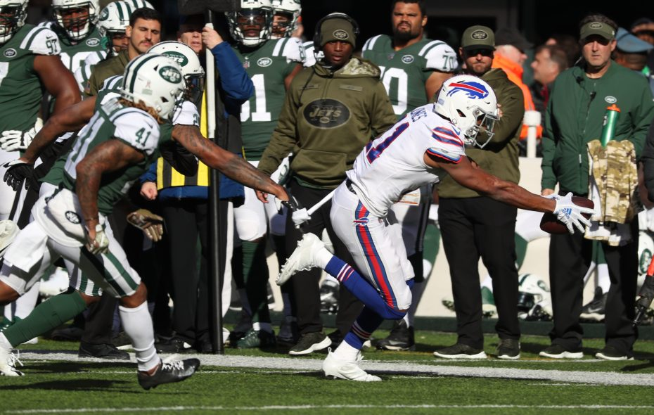 Bills wide receiver Zay Jones  had one of the best performances of his career against the Jets. (James P. McCoy/Buffalo News)