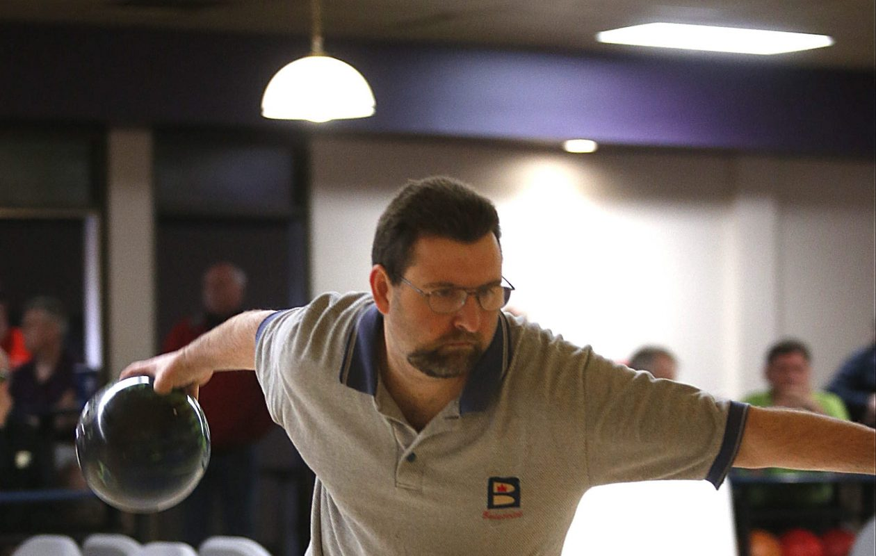 Mike Zarcone of Tonawanda in the final round of the Obenaur Masters in 2014.  (Robert Kirkham/Buffalo News file photo)