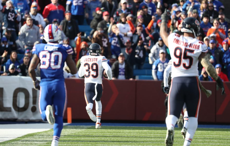 Chicago Bears free safety Eddie Jackson (39) picks up Buffalo Bills tight end Jason Croom's (80) fumble and returns it for a touchdown in the second quarter. (James P. McCoy/Buffalo News)