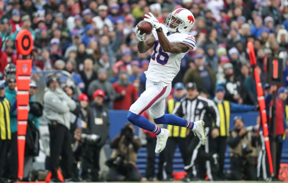 Buffalo Bills wide receiver Robert Foster (16) makes a wide open catch for a touchdown during the first quarter against the Jacksonville Jaguars at New Era Field in Orchard Park, Sunday, Nov. 25, 2018. (James P. McCoy/Buffalo News)